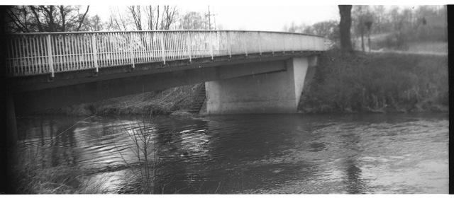 Autobrücke über die Ohm