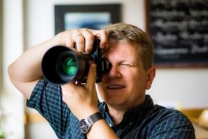 "Der Autor dieses Blogs ""testet"" das 90er Sony-Macro an der A7R. (c) Jörg Langer"